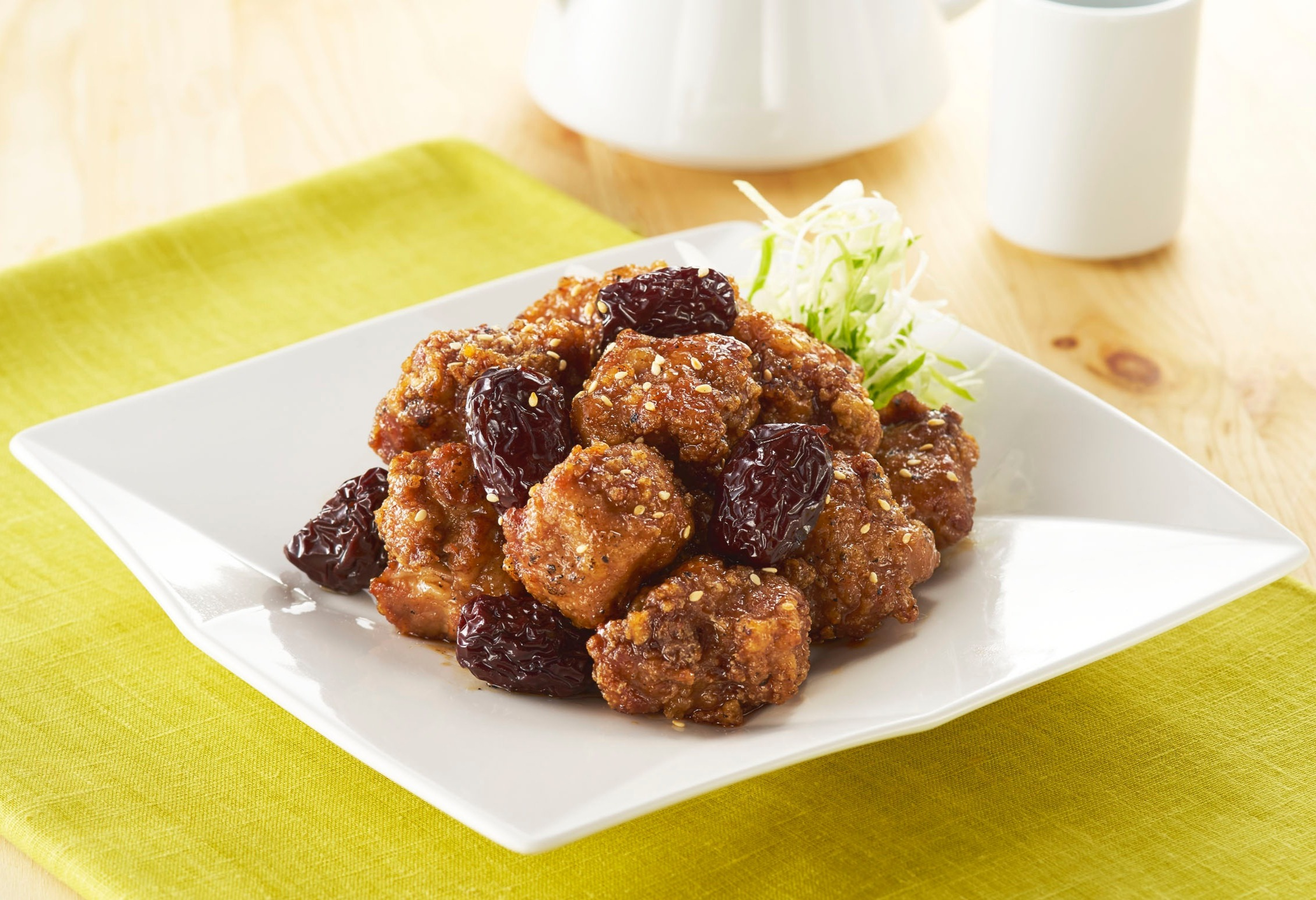 Stir-fried Pork Ribs with Prunes