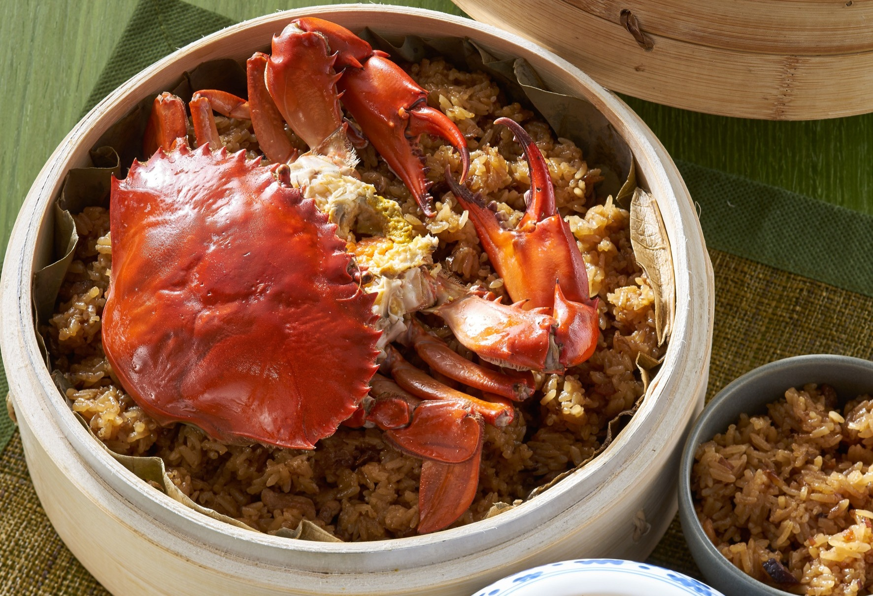 Steamed Roe Crab on Glutinous Rice